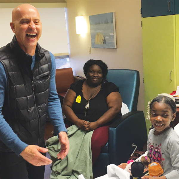 Hallmark and its Crown Center business served as local presenting sponsors of the 2017 U.S. Figure Skating Championships. With this partnership, Hallmark teamed with Olympic gold medalist Brian Boitano to distribute itty bittys® at Children's Mercy Hospital.