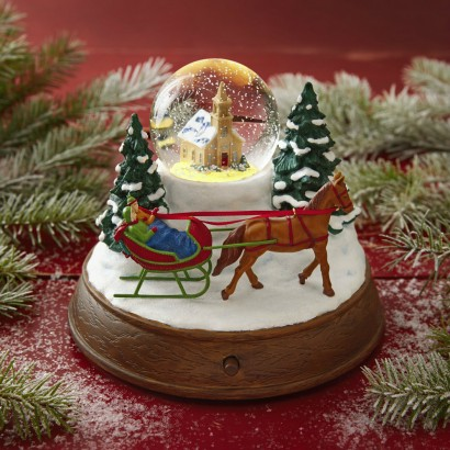 Christmas In Evergreen Snow Globe.Christmas In Evergreen Letters To Santa A New Original