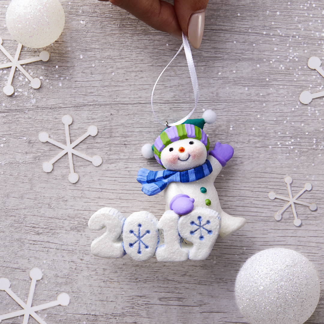 Holiday Magic Begins with Hallmark Keepsake Ornament ...